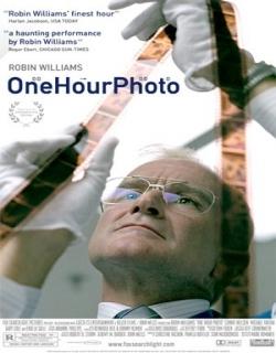 One Hour Photo (2002) - English