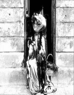 The Madwoman of Chaillot (1969) - English