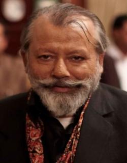 Matru Ki Bijlee Ka Mandola (2013) - Hindi