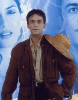 Master (2001) - Hindi