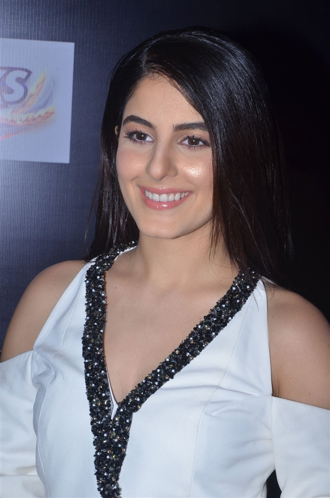 Isha Talwar Photo gallery