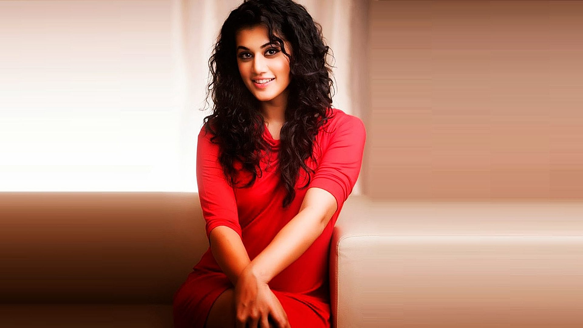 Taapsee Pannu Photo gallery