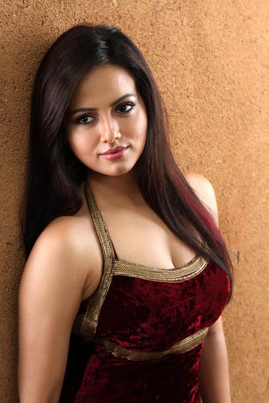 Sana Khan Photo gallery