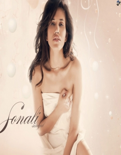 Sonnalli Seygall Photo gallery
