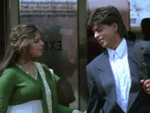 Nagma comes to receive Shahrukh - King uncle
