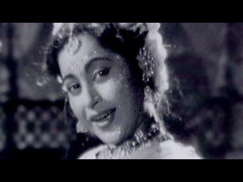 Onthon Pe Halki Lali - Anita Guha, Maya Bazaar Song