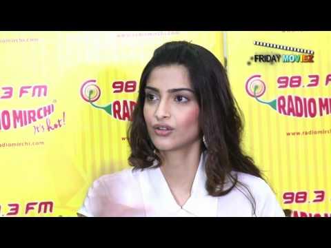 Sonam Kapoor Promotes 'Mausam'