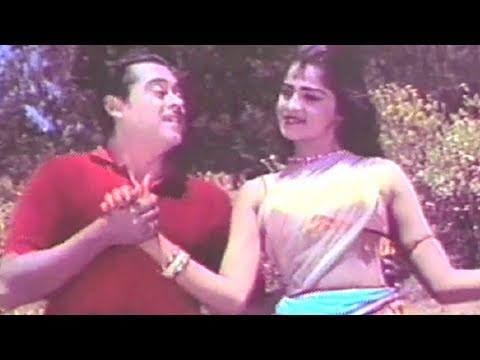 Mukade Pe Kesu Aagaye - Kishore Kumar, Payal Ki Jhankar Song