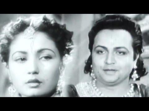 Karman Ki Gati Nyari Jag Mein - Meena Kumari, Veer Ghatotkach Song