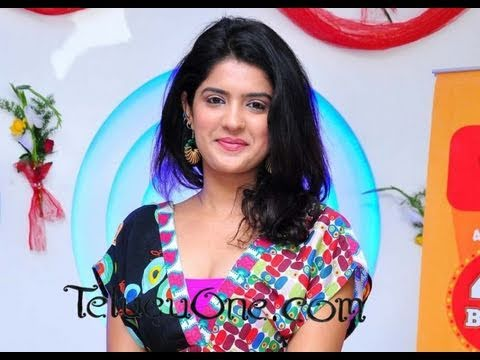 Chit Chat with Sexy Actress - Deeksha Seth - Director BVS Ravi - 02
