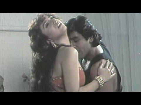 Chand Nikla Thoda Thoda - Kumar Sanu, Alka Yagnik - Bhai Bhai Romantic Song
