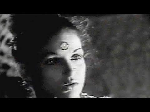 Dilip Kumar's Love in trouble - Nadiya Ke Paar Scene 4
