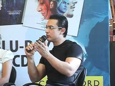 Aamir Khan & Kiran Rao At Dhobi Ghat DVD Launch