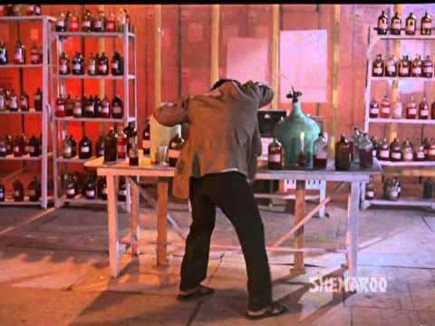 Gair Kaanooni - Govinda - Rajinikanth - Akbar Kills Robert - Hindi Action Scenes