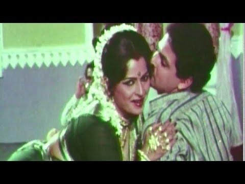 Apsara Menka Mich Jahale - Gharcha Bhedi Lavani Song