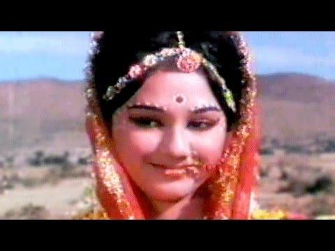 Meri Banno - Asha Bhosle, Usha Mangeshkar, Ek Gaon Ki Kahani Song