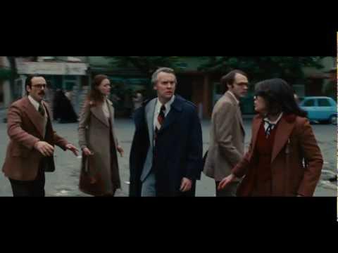 Argo - 'Behind the Scenes' International Featurette