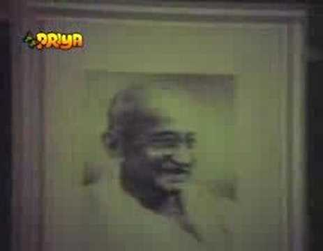 Parivar - Aaj Hai Do October Ka Din (Mahatma Gandhi Birthday