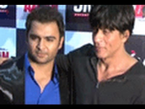 Shahrukh Khan At The Premiere Of 'Aazaan'