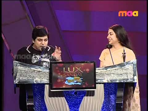 Best Actor Female In Supporting Role - Suhasini (Leader)