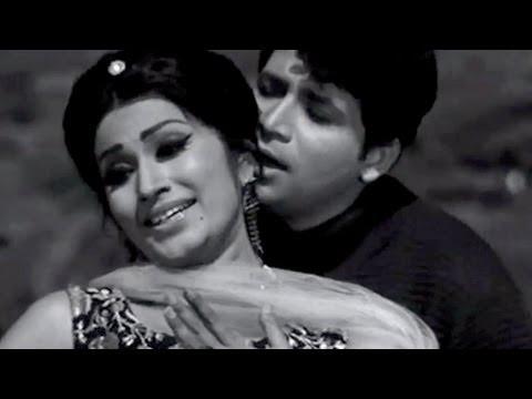 Pyar Koi Kam Kam Kare - Asha Bhosle, Mohammed Rafi, Khiladi Song