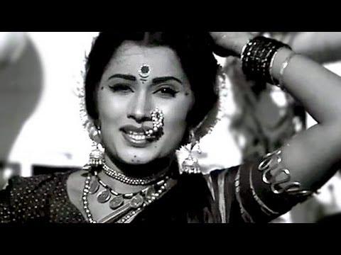 Peechhe Peechhe Aaye Mere Sajana - Asha Bhosle, Khiladi Song