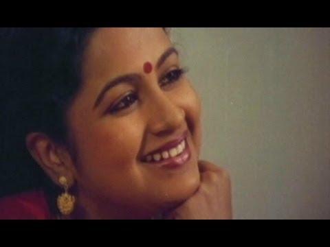America Abbayi Songs - Kannatalli Deevena - Radhika - Rajasekhar