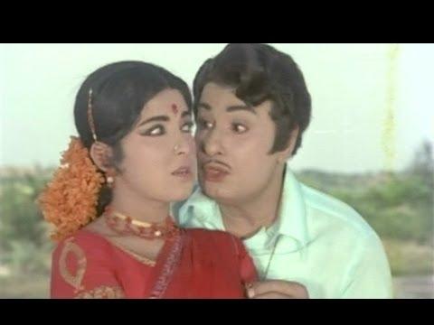 Nethu Poothaley - Urimai Kural - MGR, Lata - Tamil Song