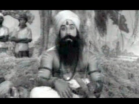 Sivaji Ganesan Tamil Song - Kottayile Engakodi - Tenali Raman