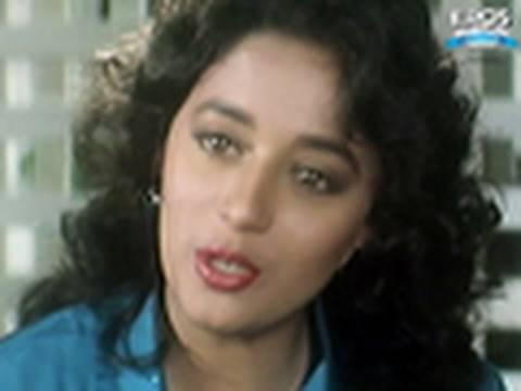 Salman Khan caught in the act - Saajan