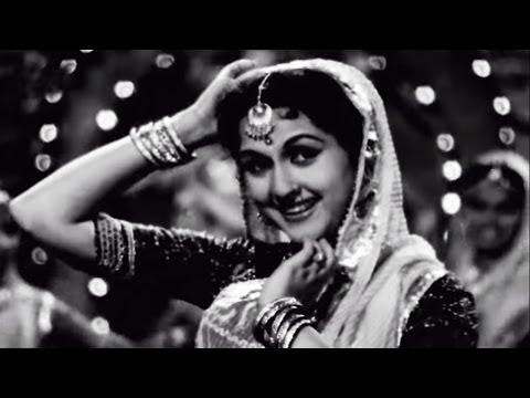 Tere Sang Sang Sang Piya Khel - Lata Mangeshkar, Beena Roy, Insaniyat Song