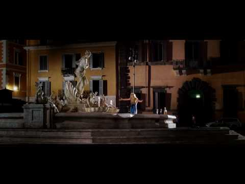 When In Rome - (2010) Trailer (HD)