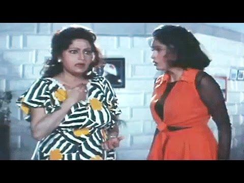 Govinda, Shakti Kapoor Chasing the Girl - Banarsi Babu
