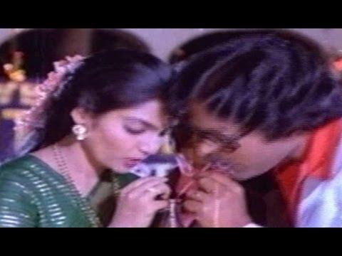 Intlo Ramayya Veedhilo Krishnayya Songs - Sitaa Raamula - Chiranjeevi - Madhavi