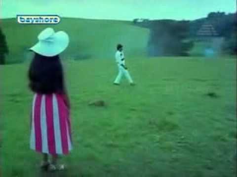 Tamil Movie Song - Chinna Poove Mella Pesu - Chinna Poove Mella Pesu