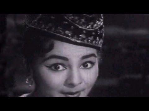 Haye Nainva Na Pher - Asha Bhosle, Sudha, Picnic Song