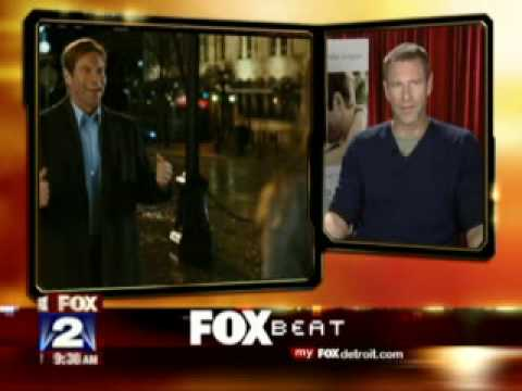 Aaron Eckhart Love Happens Interview