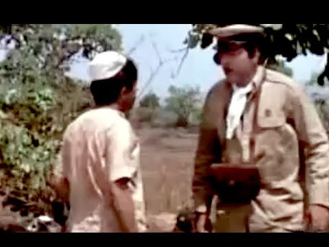 Bombay To Goa Funny Scenes - Sadak Kya Tere Baapki Hai? - Mehmood