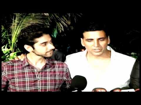Akshay, Bipasha & Sonakshi at 'Speedy Singhs' Bash
