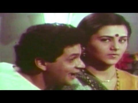 Tuzya Gorya Gorya Galavar - Gharcha Bhedi Song