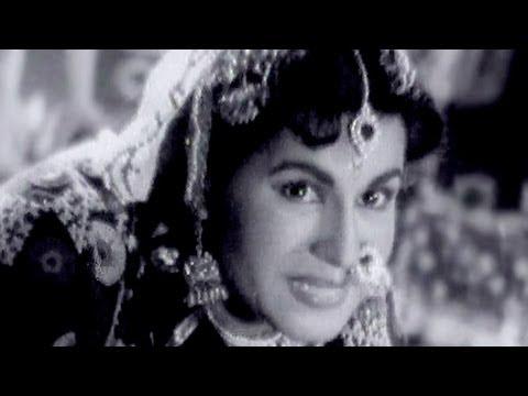 Gora Ho Chahe Kaala - Maya Bazaar Song