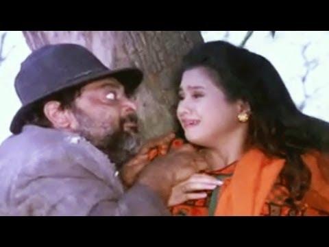 Chhota sa Ghar Scene 3/21 - Vivek Rescues Koyal