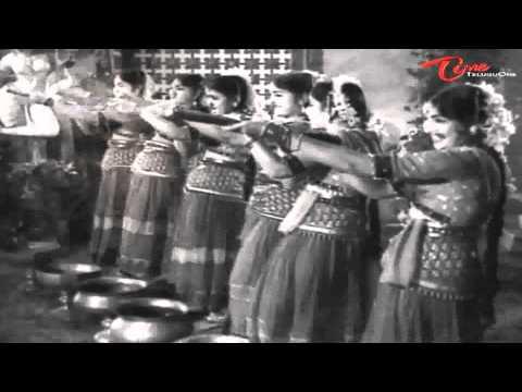 Bandipotu Songs - Vayasunnadi Unnadi Sogasunnadi Unnadi - NTR - Krishna Kumari