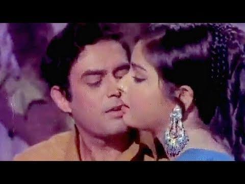 Tere Hoton Ke Do Phool - Mukesh, Lata Mangeshkar Song