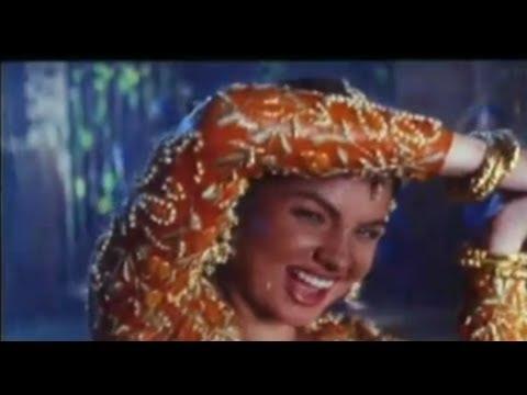 Sexy Pooja Bhatt's Sizzling Song - Dil Mera Churane Laga (Angrakshak)