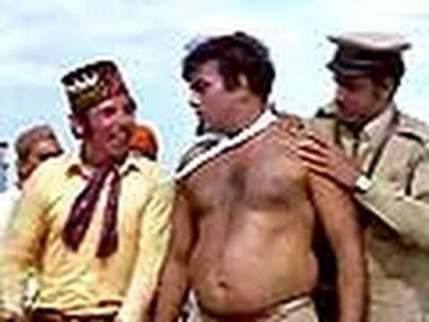 Bombay To Goa Funny Scenes - Mehmood Boxing Scene